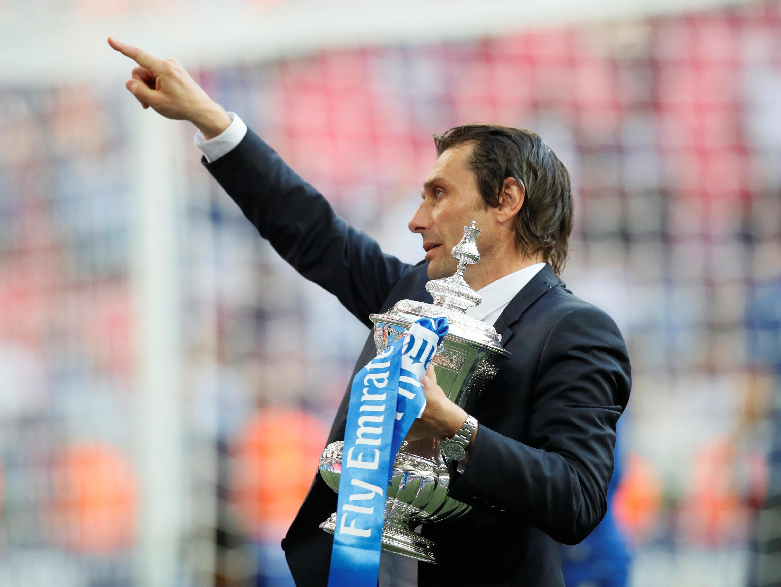 דיווח: אנטוניו קונטה יחליף את לופטגי במידה שיפוטר מריאל מדריד