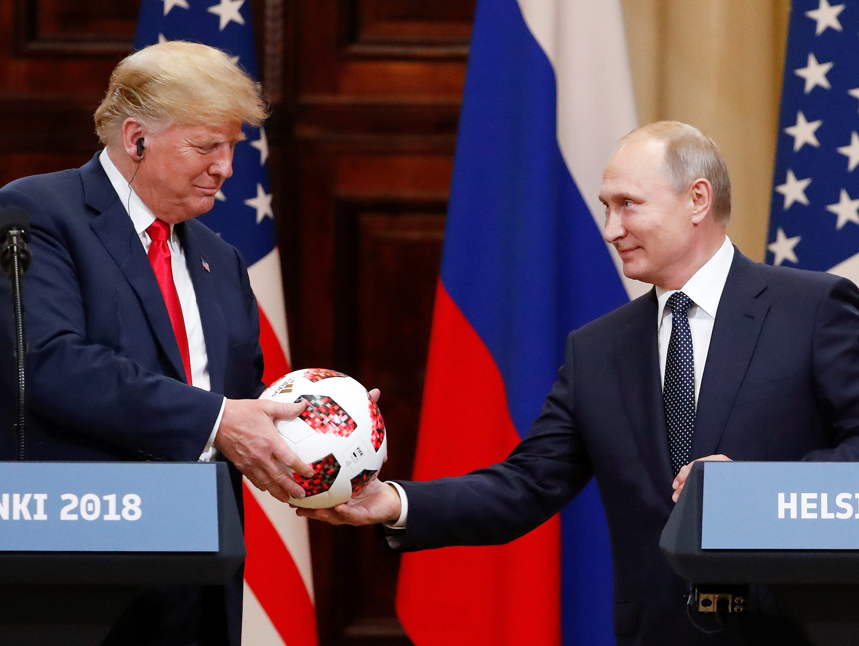 רוסיה חוגגת אחרי הפסגה של פוטין עם טראמפ: