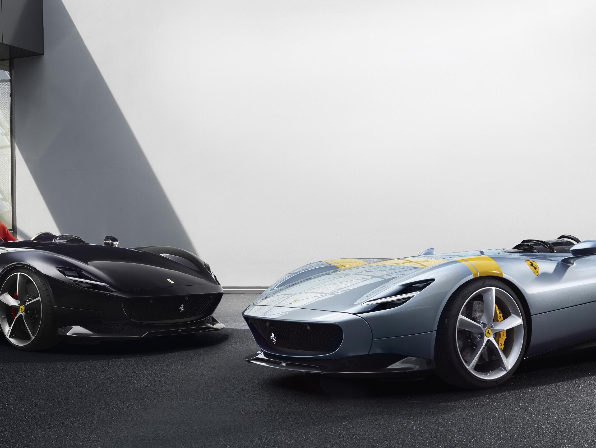 חלומות כפולים: פרארי מציגה 2 מכוניות קיצון חדשות