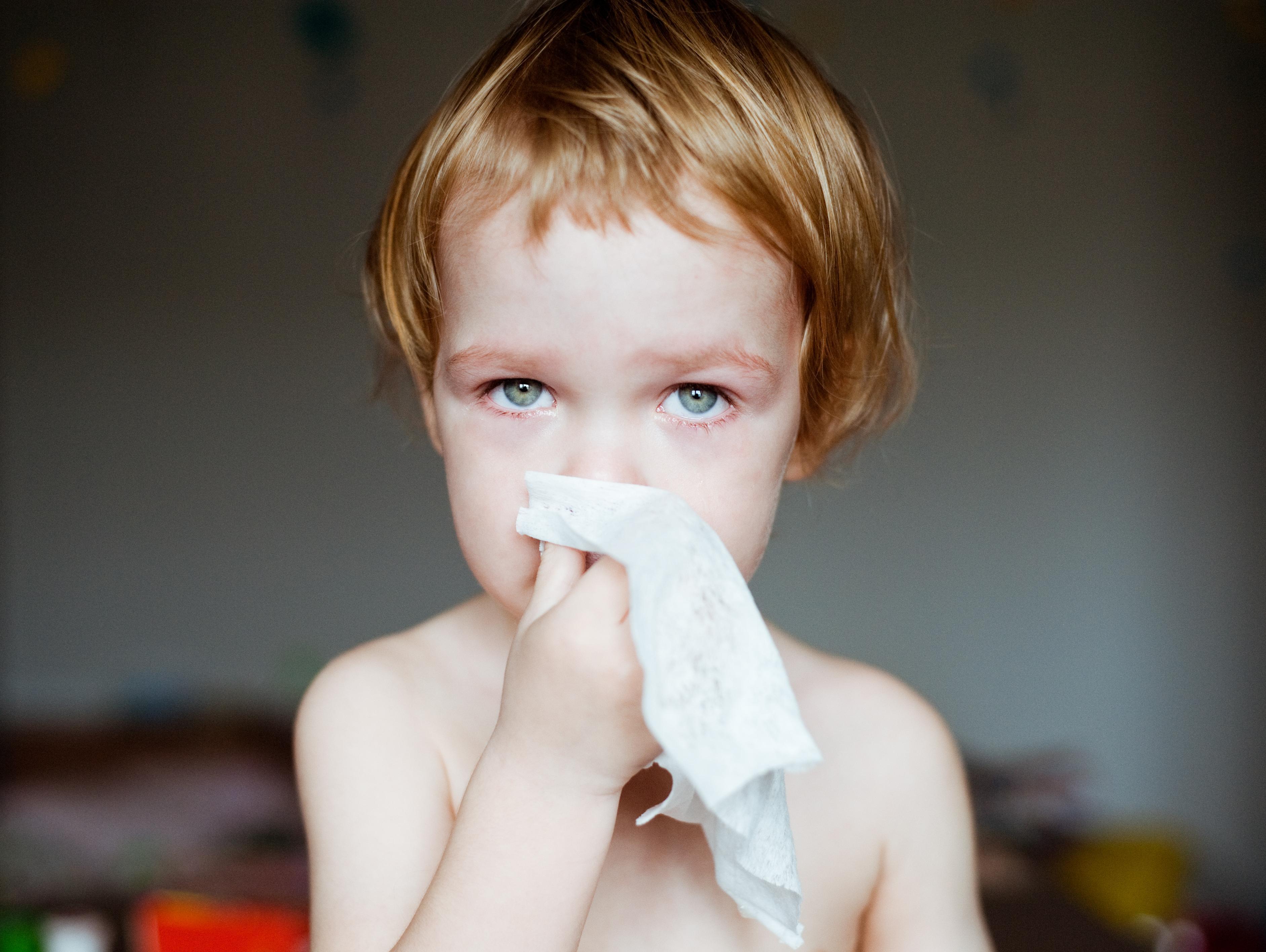 6 דברים שכדאי שיהיו לכם בבית כשהילד חולה
