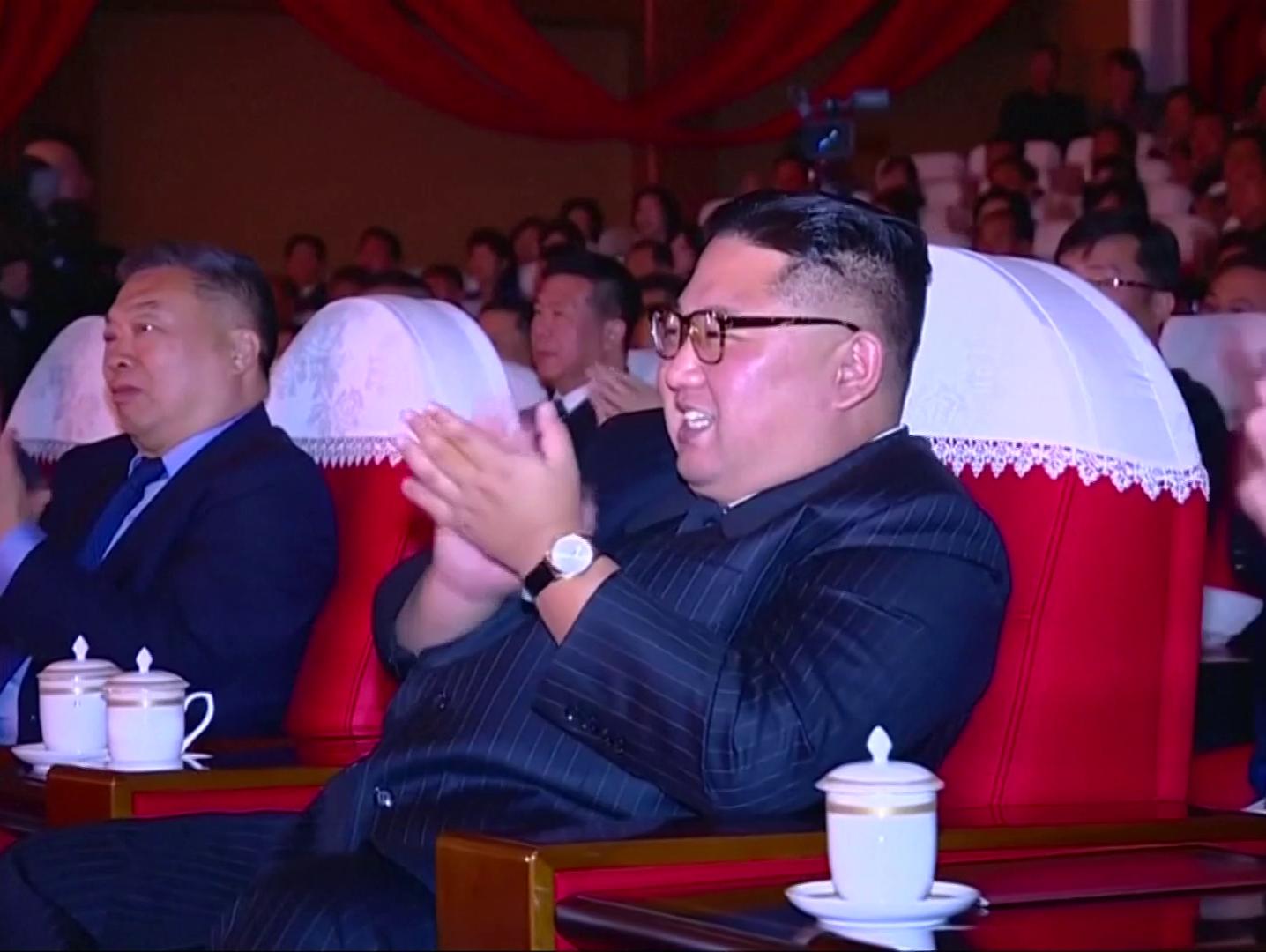 צפון קוריאה מתגרה: קים פיקח על ניסוי ב