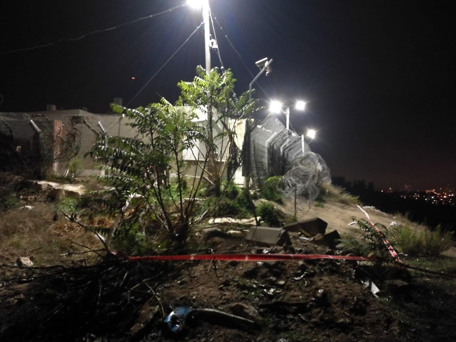 המחבל טיפס על הגדר - למרות המצלמות: מחדל הפיגוע בתחנת המשטרה