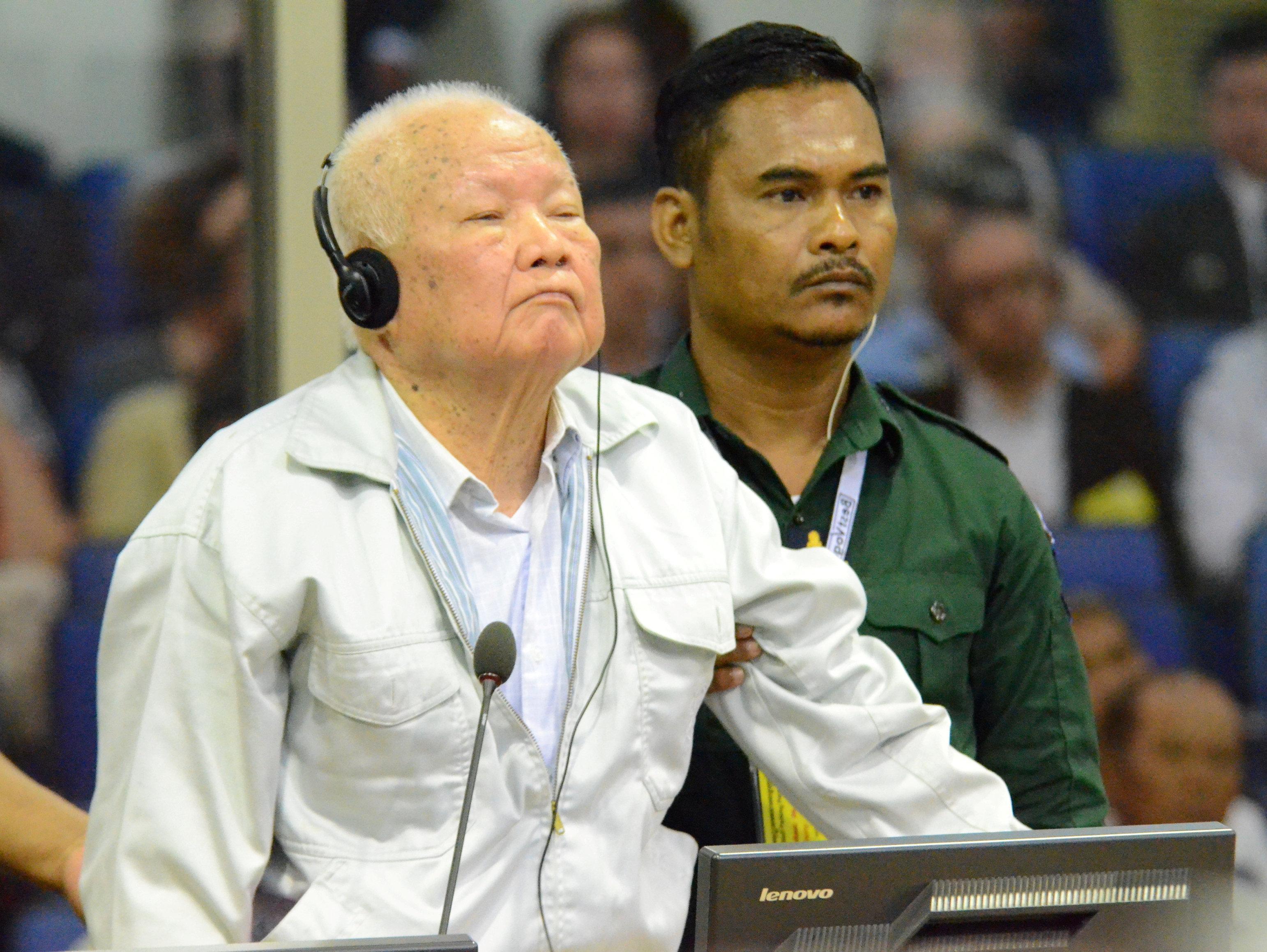 קמבודיה: שניים מבכירי משטר קמר רוז' הורשעו ברצח עם