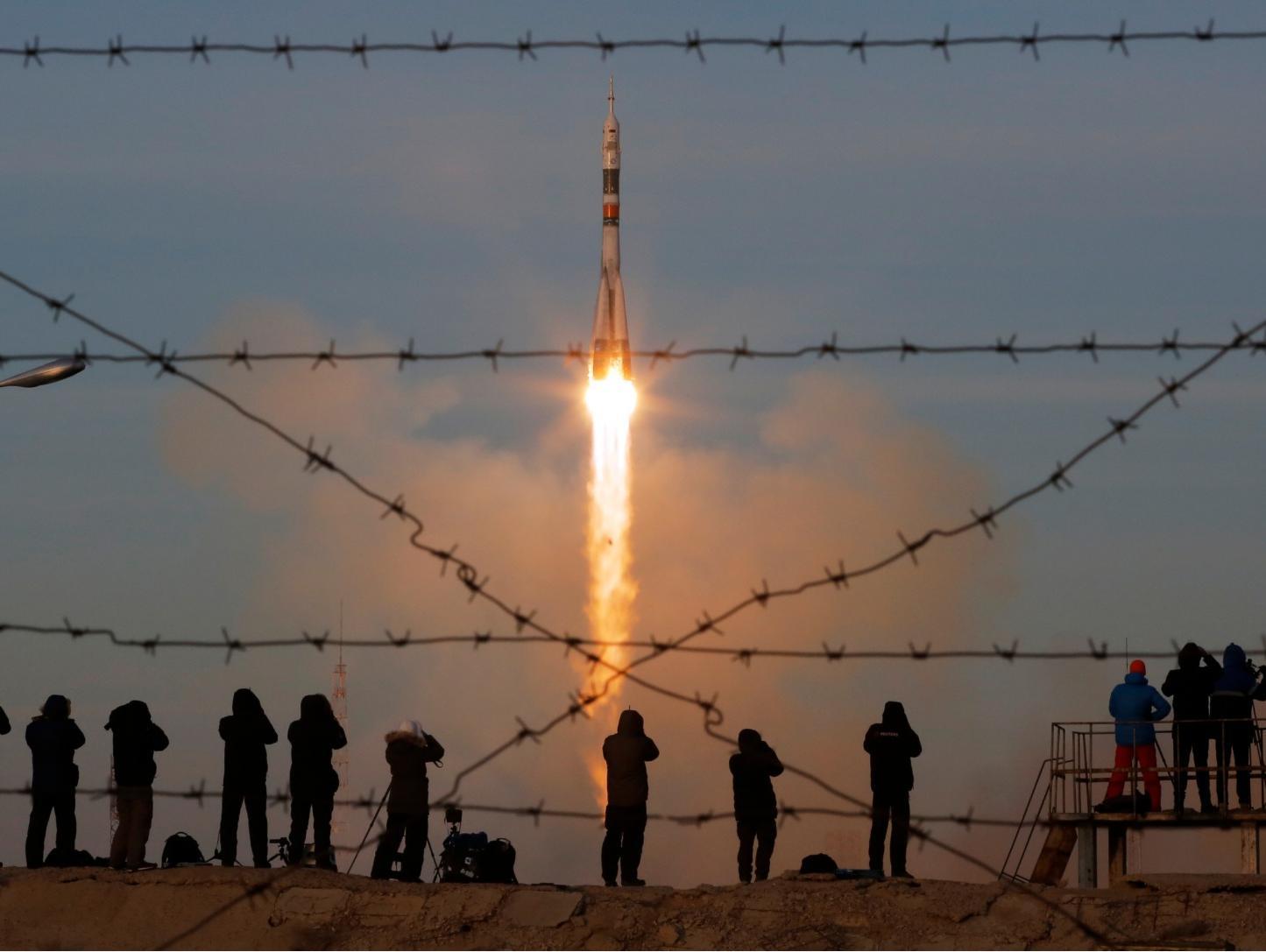 הפעם הכול עבר חלק: 3 אסטרונאוטים שוגרו לתחנת החלל הבינ