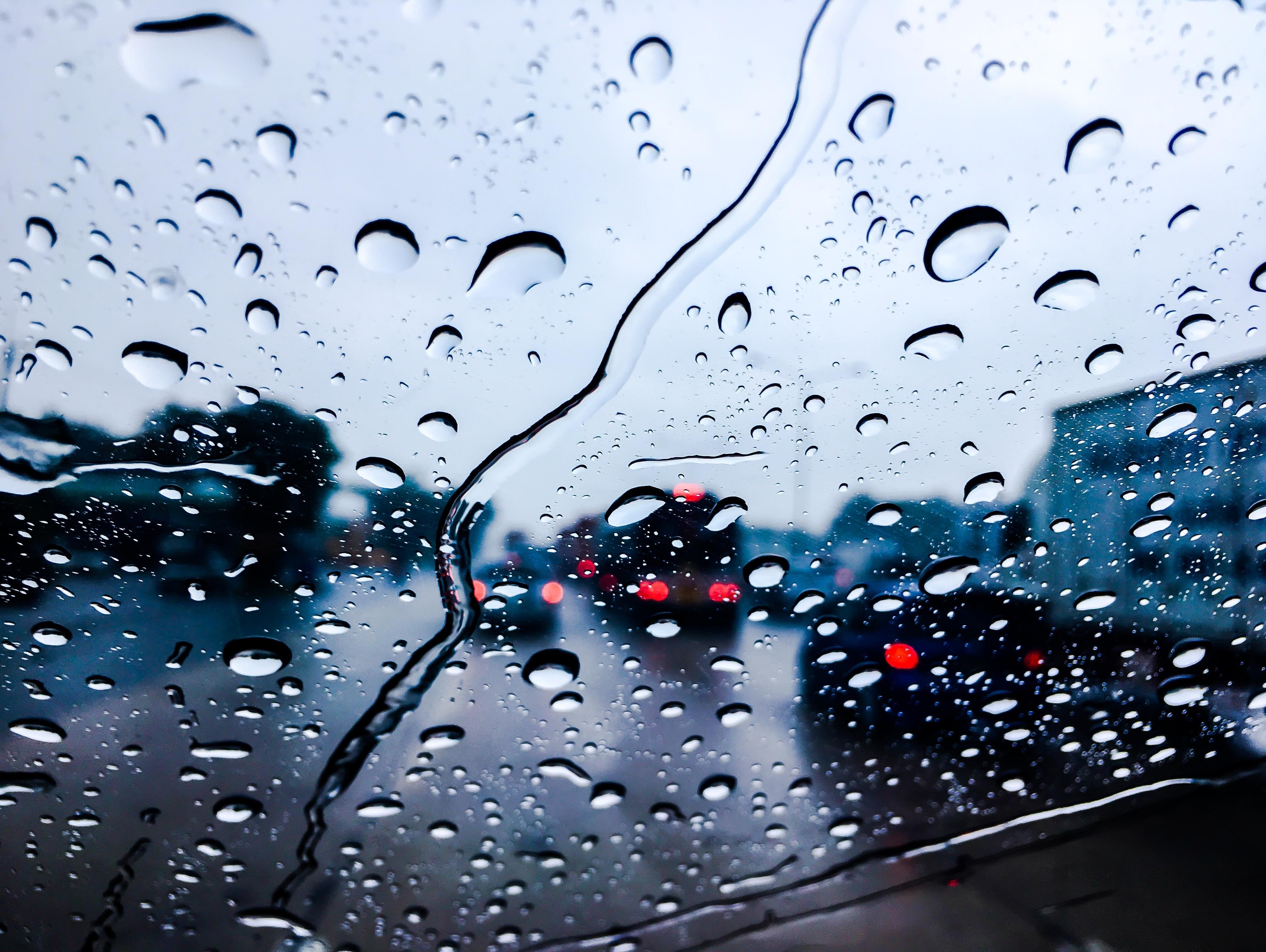 שלושה טיפים פשוטים ומצילי חיים לנהיגה בטוחה יותר בחורף