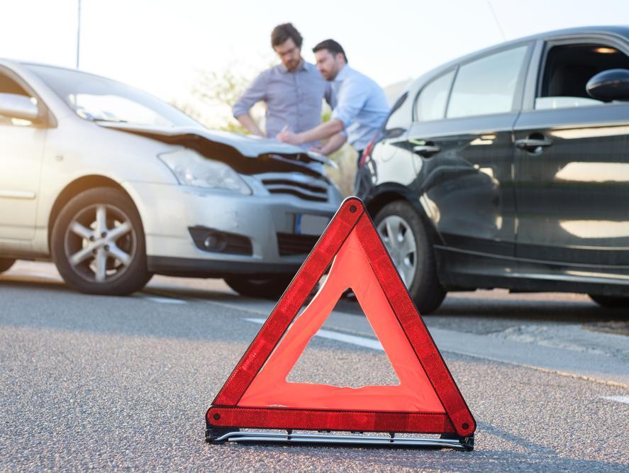 שלוש הסיבות העיקריות לתאונות דרכים והדרך להימנע מהן