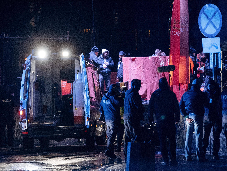 פולין: ראש עיריית גדנסק נרצח בדקירות בעת אירוע צדקה