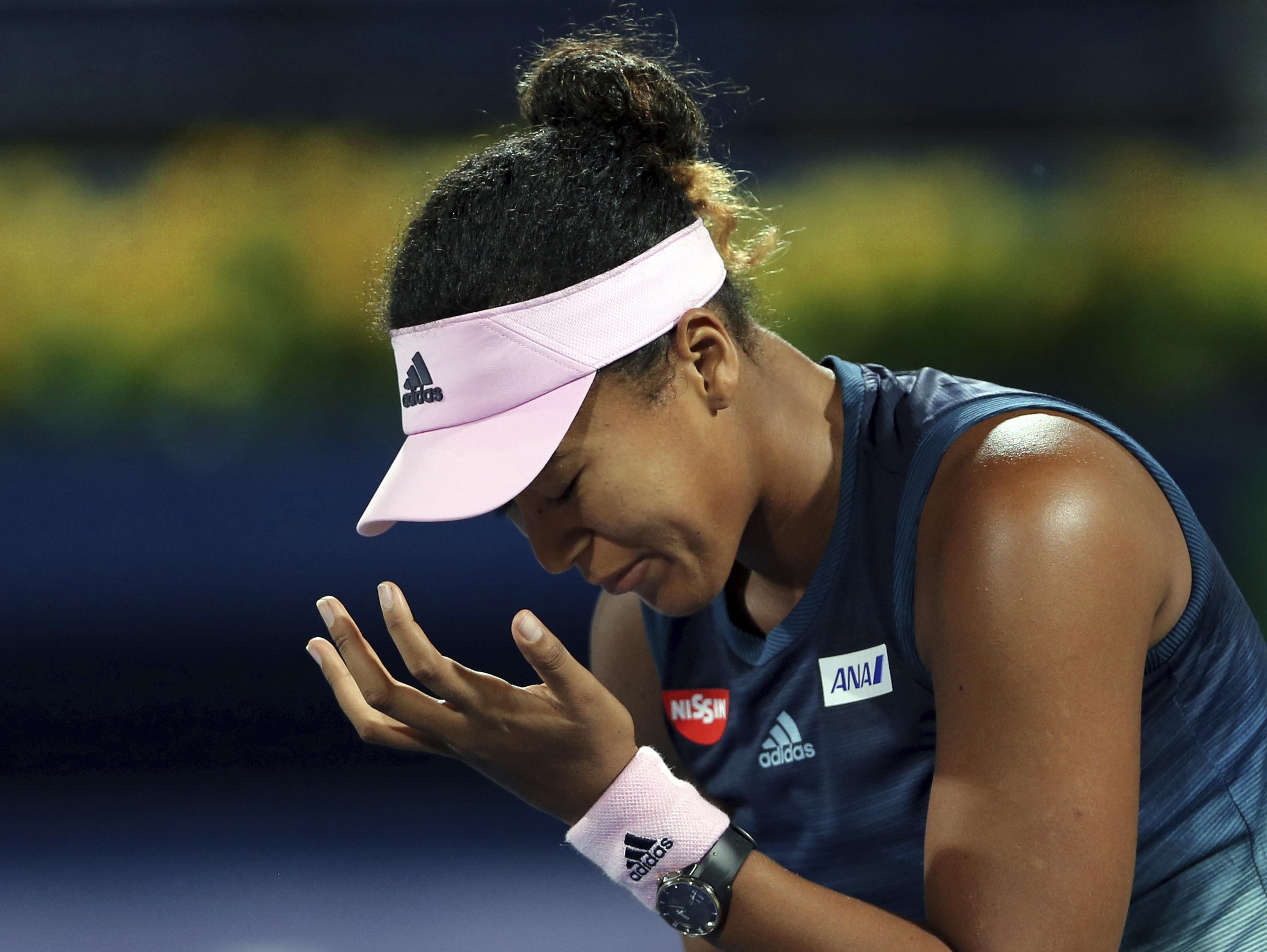 נאומי אוסקה הפסידה, פרצה בבכי והודתה: קשה לי להתמודד עם תשומת הלב