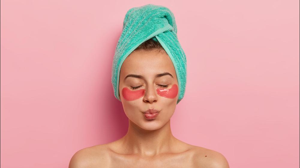 טיפול פנים. ShutterStock