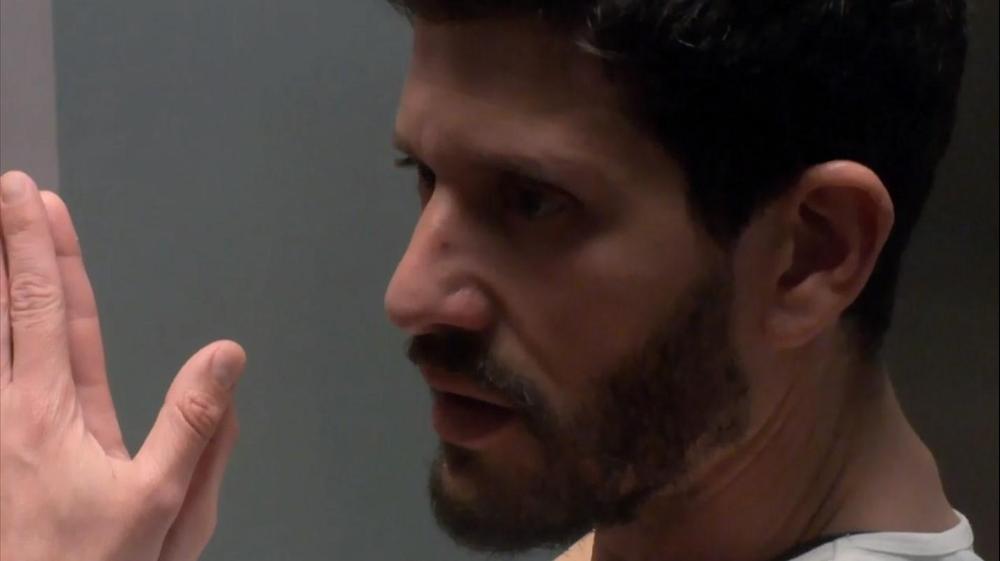 """ערן. מתוך """"אהבה חדשה"""" רשת 13, צילום מסך"""
