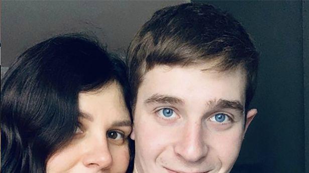 האישה שהתחתנה עם הבן החורג שלה - והביאה איתו תינוק. @marina_balmasheva; Instagram, צילום מסך
