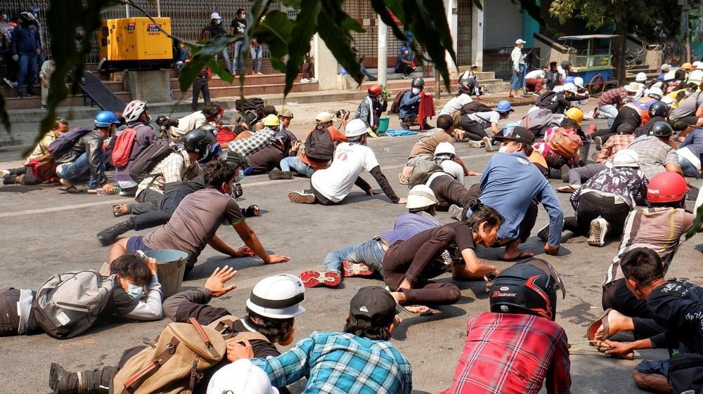 הפגנות נגד החונטה הצבאית בעיר מנדליי, מיאנמר, 3 במרץ 2021. רויטרס