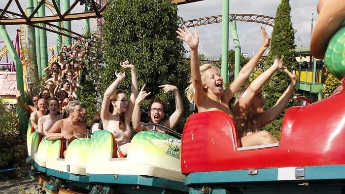 Roller Coaster Jumping Boobs