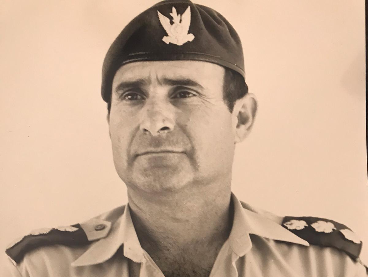 טייס המסוקים וקצין חינוך ראשי לשעבר נחמיה דגן (באדיבות המצולמים)