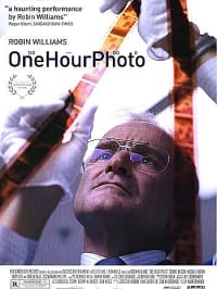"כרזת הסרט one hour photo (יח""צ)"