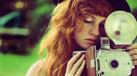 "מתוך הטמבלר girls with vintage cameras"""" (צילום מסך)"