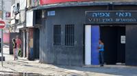 זנות בתחנה המרכזית הישנה בתל אביב - 4 בדצמבר 2017. ניב אהרונסון, עיבוד תמונה