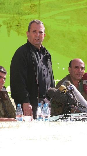 גבי אשכנזי, אהוד ברק ושאול מופז לקראת הנסיגה מלבנון, מאי 2000