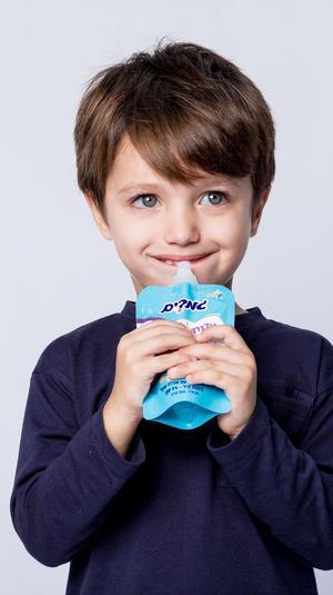 ילד אוכל גמדים. אלכס פרגמנט,
