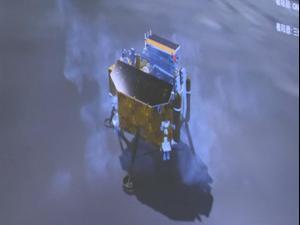 היסטוריה:  סין הנחיתה לראשונה חללית בצד האפל של הירח. רויטרס