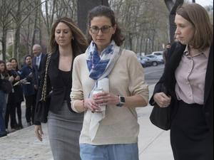 מנהיג כת בניו יורק הורשע בסחר בנשים