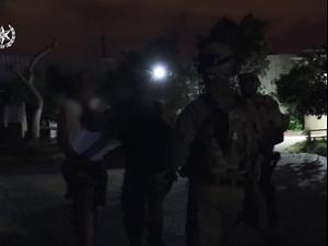 עבריין שגוייס כסוחר סמים הפליל 60 חשודים בסחר בסמים ובנשק
