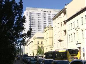 בית החולים בברלין: שיפור במצבו של נבלני, התעורר מהתרדמת  7.9.20