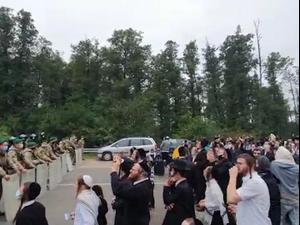 חסידי ברסלב תקועים בגבול בלארוס לאוקראינה 15.9.20