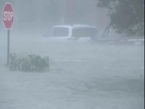 ההוריקן סאלי מכה באלבמה ובפלורידה ומשאיר נזקים כבדים  16.9.20
