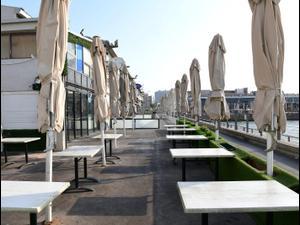 בעקבות הסגר בשל תחלואת הקורונה | מסעדות סגורות בנמל תל אביב 18 בספטמבר 2020