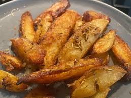 טריק להכנת תפוחי אדמה צלויים. /@izmott, צילום מסך