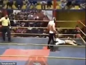 מתאבק התמוטט ומת בזירה במקסיקו, חברו חשב שזו הצגה