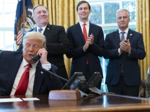 נשיא ארצות הברית דונלד טראמפ מכריז על נרמול היחסים בין ישראל לסודאן בשיחת טלפון, 23 באוקטובר 2020