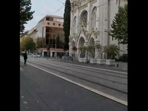 3 הרוגים בפיגוע ליד כנסייה בניס, המחבל ערף את ראשה של אחת הקורבנות   29.10.20