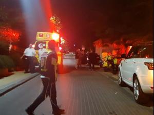 רימון הלם הושלך לעבר ביתו של איש העסקים, אלי טביב בכפר שמריהו 11.01.21. מערכת וואלה! NEWS, אתר רשמי