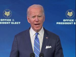 """ארה""""ב: ג'ו ביידן הציג תכנית סיוע כלכלית להתמודדות עם נזקי הקורונה  15.01.21. רויטרס"""