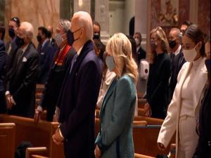 לפני ההשבעה: ביידן השתתף בתפילה עם ראשי הקונגרס בוושינגטון  20.1.21. רויטרס