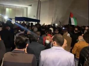 בעקבות האלימות: מאות מפגינים בחיפה נגד הארכת מעצר המוחים באום אל-פחם 27.02.21. אין, מערכת וואלה! NEWS
