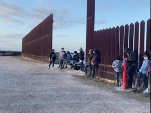 ממשל ביידן הורה לרשות הפדרלית לניהול חירום לטפל בסוגיית הילדים בגבול מקסיקו 14.3.21. רויטרס