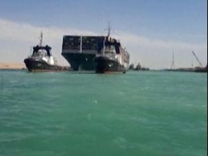 אחרי חילוץ הספינה: חודשה התנועה בתעלת סואץ  29.3.21. רויטרס