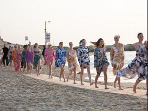 תצוגת אופנה אוריה עזרן. אסף ליברפרוינד,