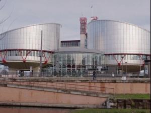 בית המשפט האירופי: ניתן לחייב ילדים להתחסן 08.04.21. רויטרס