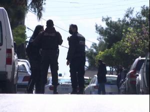 עיתונאי יווני  שסיקר את הפשע המאורגן חוסל בידי מתנקשים על אופנוע  11.04.21. רויטרס