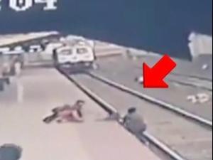 ילד נפל לפסי הרכבת בהודו. Ministry of Railways - India, צילום מסך