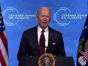 """ביידן בוועידת האקלים: """"נצמצם בחצי את פליטות גזי החממה עד 2030""""  22.04.21. רויטרס"""