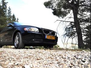 מאוד מבחן דרכים: וולוו S40 בגרסת 2.0 ל' - וואלה! רכב GT-02