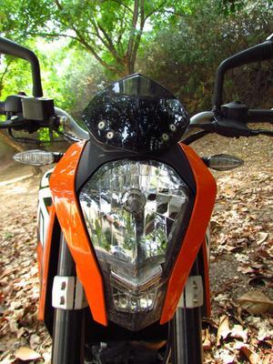 טוב מאוד אופנוע הצעירים של KTM , דיוק 200 מהנה, חסכוני אבל יקר - וואלה! רכב ZP-58