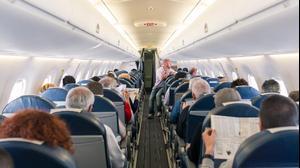 נוסעים טיסה