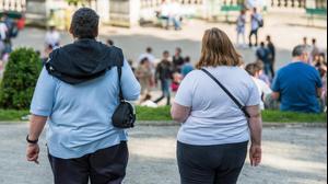 זוג שסובל מהשמנת יתר