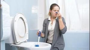 סירחון בשירותים